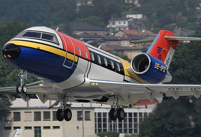 "OE-IPZ CL60 (10.09.2011) Zepter corporate-jet, with the amazing ""Mondrian-livery"": blue engine and yellow reg!"